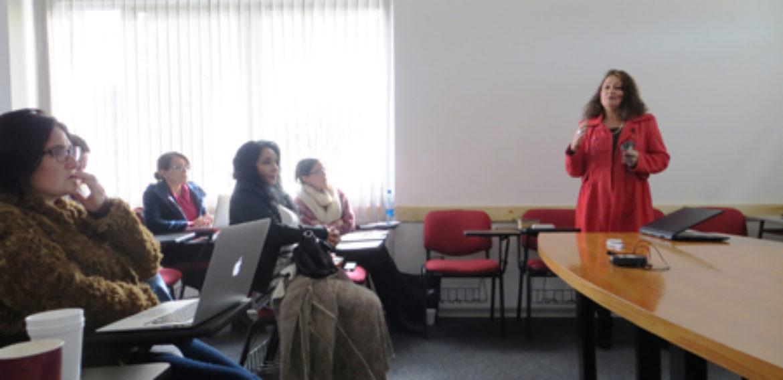 Profesores y estudiantes de posgrado dialogan sobre Investigación en Educación