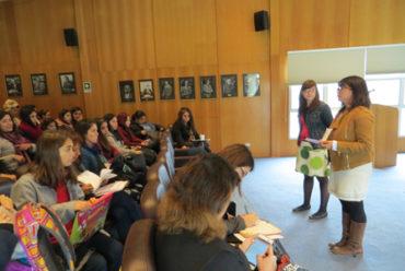 Especialista española dictó charla sobre el uso educativo del Patrimonio y los museos en la Educación Básica