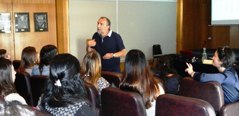 Catedrático de la Universidad de Salamanca visitó la Escuela de Pedagogía