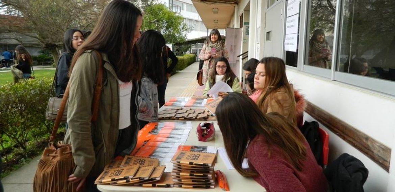 Escuela de Pedagogía recibe a estudiantes de la región interesados en cursar sus carreras
