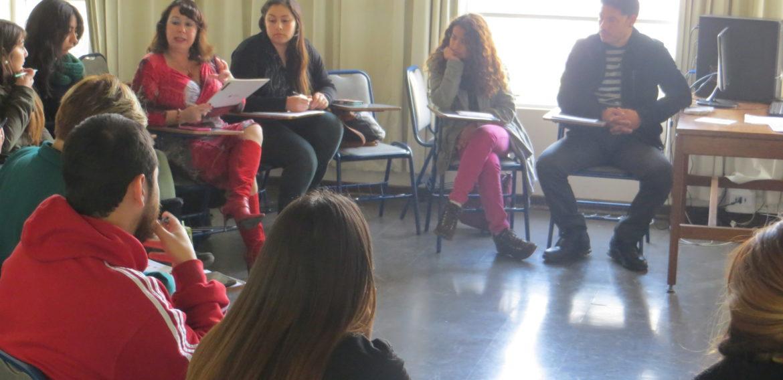 Profesores noveles se reúnen para analizar aporte de la mentoría en su quehacer docente