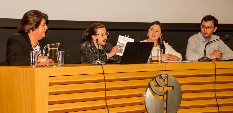 Directora del Magíster en Liderazgo presentó libro en Temuco