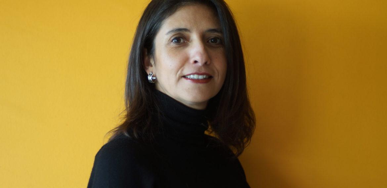 """Fabiola Otarola: """"Hoy en Chile no hay grandes investigaciones de la lengua de señas"""""""