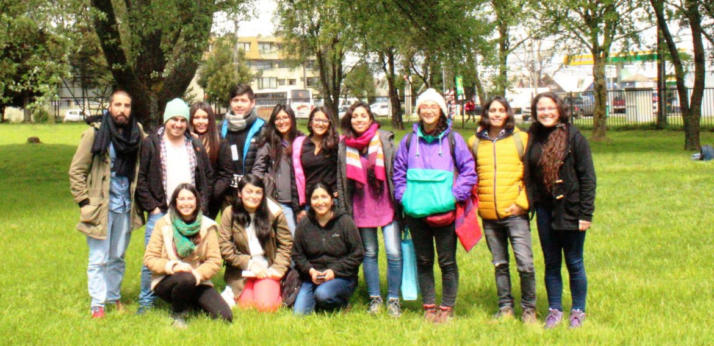 """Estudiantes de Educación Básica participaron en  Congreso """"Fronteras en movimiento: pensando la Geografía en el sur del mundo. Movilidades y transformaciones socio-espaciales"""""""