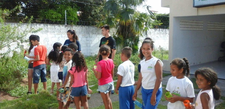 Catalina Aguilera estudiante de Educación Parvularia y su experiencia de voluntariado en Brasil