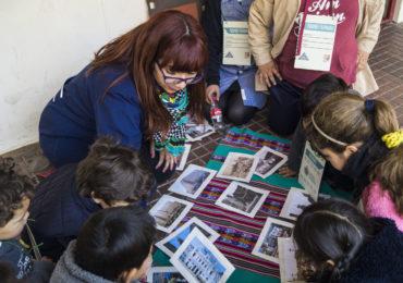 """Estudiantes de Educación Básica realizaron  """"Invasión Patrimonial"""" en la Escuela Blas Cuevas Ramón Allende de Valparaíso"""