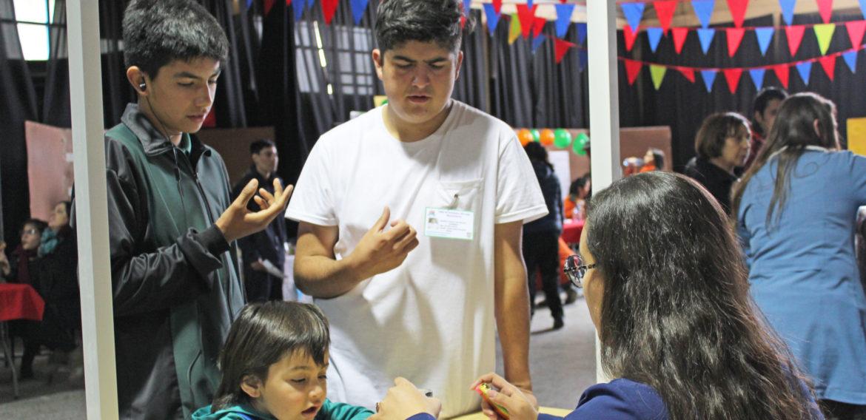 Por segundo año consecutivo Escuela de Pedagogía PUCV participa en Feria de Ciencia Inclusiva de Quilpué