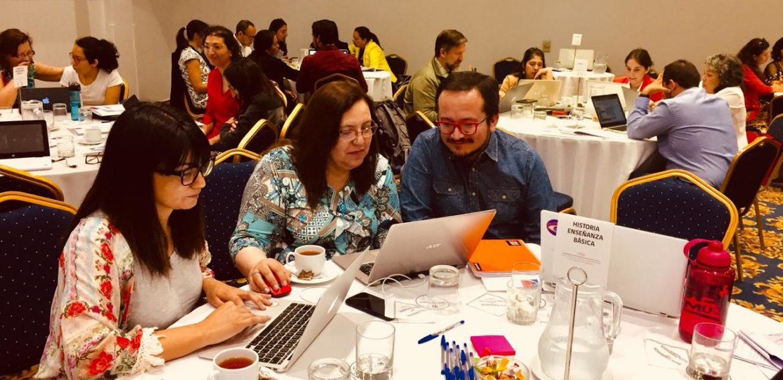 Docentes de Educación Básica PUCV participan en jornada de revisión de Estándares para la Formación Inicial Docente del CPEIP
