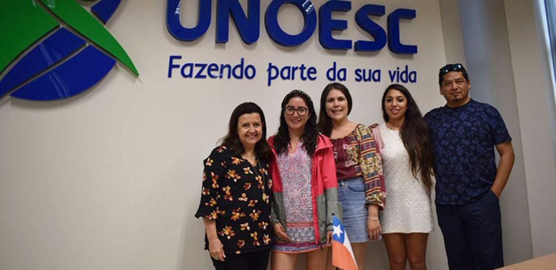 Estudiantes del Magíster en Liderazgo y Gestión en Organizaciones Escolares PUCV realizan pasantía en Brasil