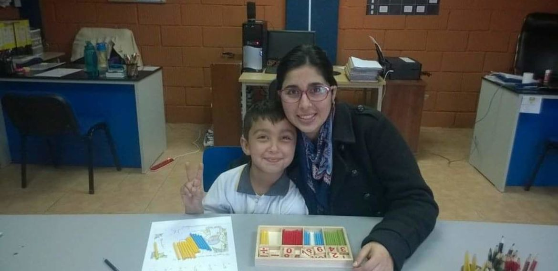 """Dalia Farías, ex alumna de Educación Diferencial (Especial) PUCV: """"Somos la voz de los que tienen más dificultades"""""""