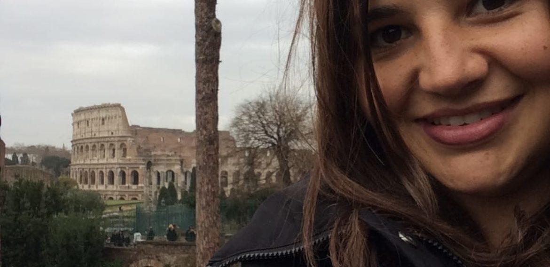 """Maira Gandarillas: """"Educación Básica en la PUCV es una carrera muy respetada"""""""