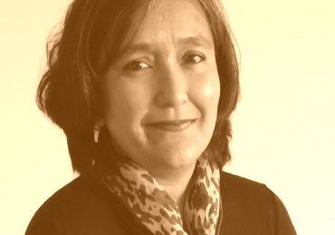 """Profesora Amey Pinto: """"El libro y la lectura siguen siendo herramientas culturales y afectivas primordiales, y esta inmersión en el mundo escrito comienza desde el nacimiento"""""""